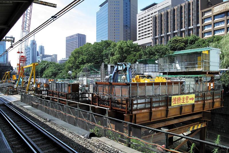工事中の御茶ノ水駅がかっこいい