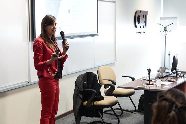 Herramientas online para la internacionalización en B2B: LinkedIn como clave