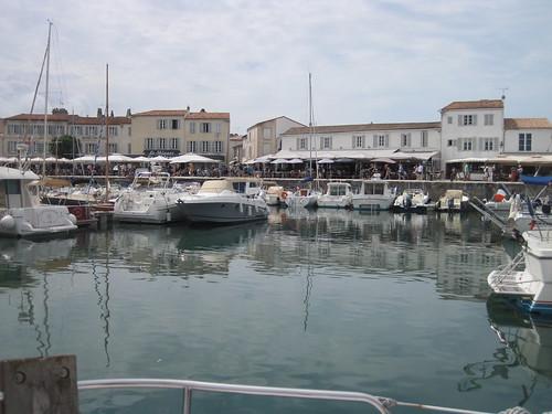 Croisière estivale: une place au ponton à St Martin en plein mois de juillet, c'est possible!