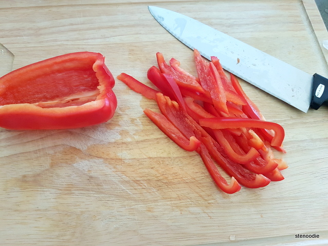 red bell peppers slice