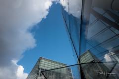 Cloud reflections @ Van Gogh museum (Amsterdam)