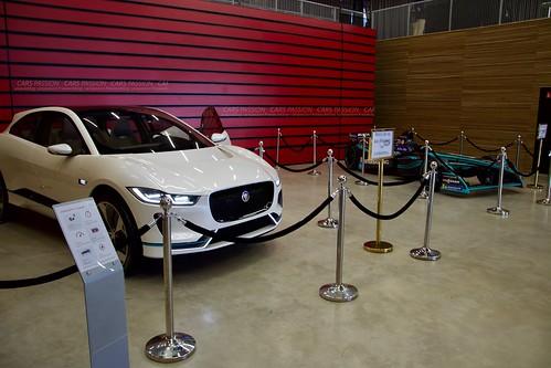 Festival Jaguar Land Rover Autodrome circuit Linas Montlhéry