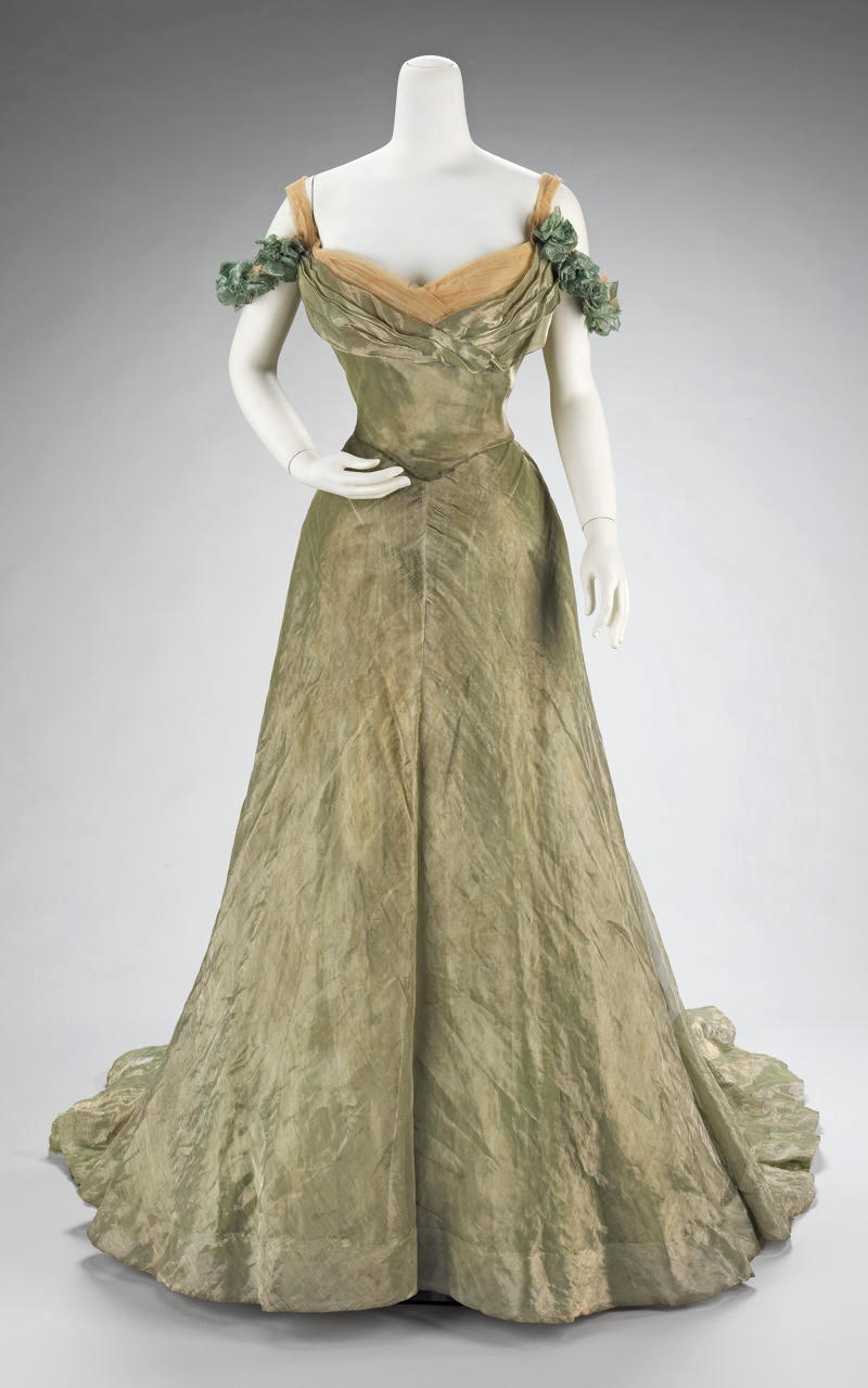 1900 Ball Gown. French. Doucet. Silk, metal. metmuseum