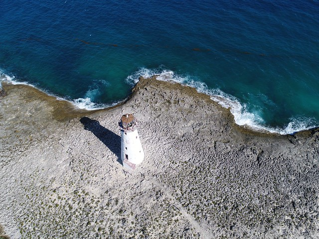 EyeEm Selects Hog Island Lighthouse High Angle View Sea Water Beach Nature Day Sand Wave Outdoors Bahamas Aerial View Aerial Photography Scenics Beauty In Nature Wave Drone  Blue