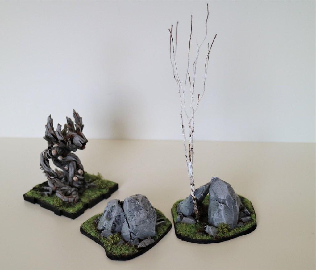 Runewars Miniatures Rocky Outcrop