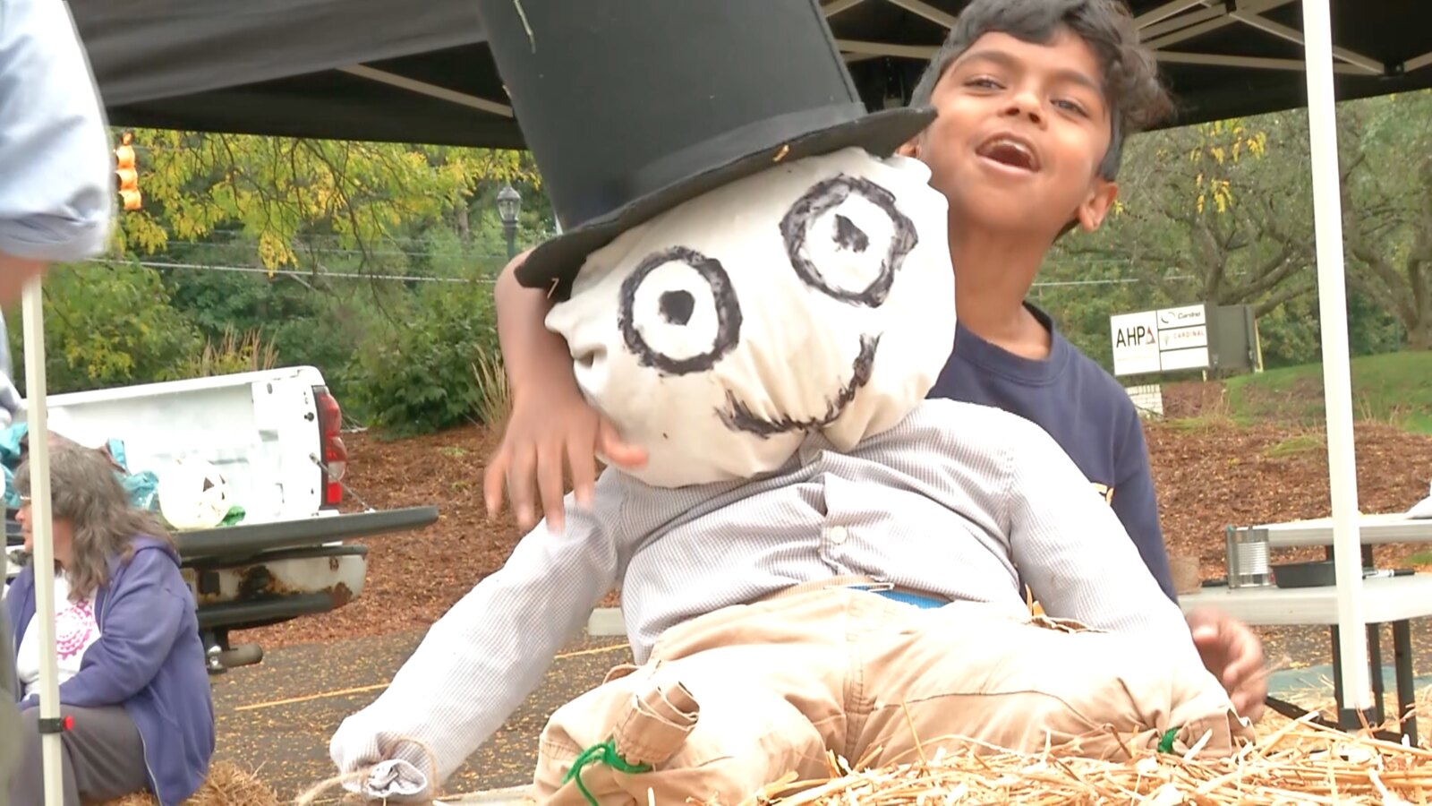 Scarecrow Crafts Make for Family Fun Hayday