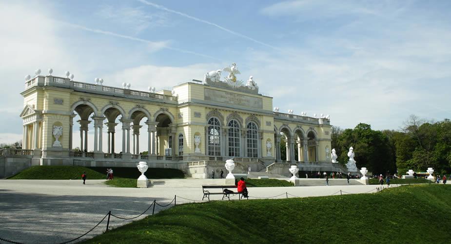 Gratis bezienswaardigheden Wenen: tuinen Schloß Schönbrunn | Mooistestedentrips.nl