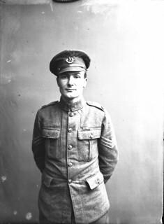 Sergeant Frederick George Coppins / Sergent Frederick George Coppins
