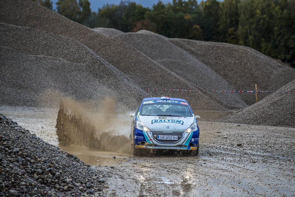 33 Polonski Dariusz and Gryczynska Balbina, Rally Technology, Peugeot 208 R2 action during the 2017 European Rally Championship ERC Liepaja rally,  from october 6 to 8, at Liepaja, Lettonie - Photo Gregory Lenormand / DPPI