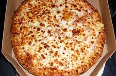 Someone bring me pizza. Thanks https://t.co/DHqaX7el1g #istanbul #food #lezzet #mutfak #nefis #kebap #Tarif #yemektarifleri #foodporn #rec…