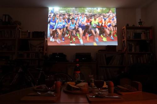 Frühstück bei der Übertragung des Marathon 2017 in Frankfurt