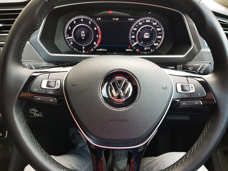 vw tiguan steering