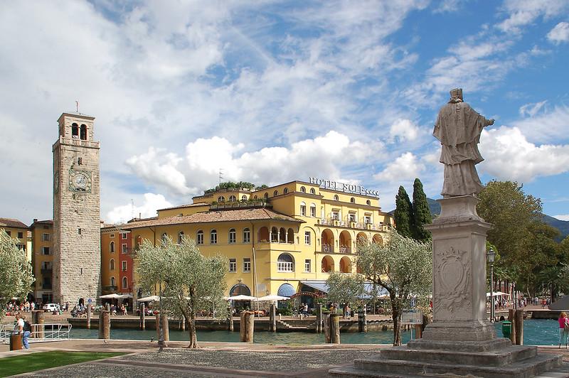 Riva del Garda - Altstadt (23) - Uferpromenade - »Torre Apponale«