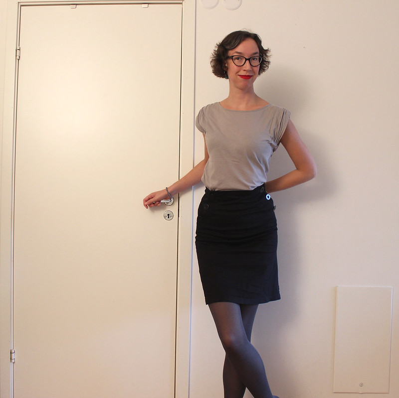 Pencil skirt / etdrysskanel.com
