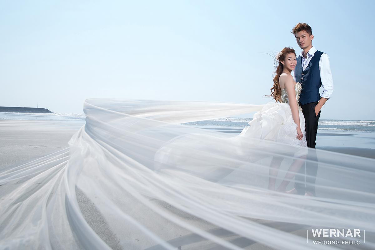 婚紗外拍景點,婚紗攝影,婚紗照,台中華納婚紗推薦,海邊婚紗