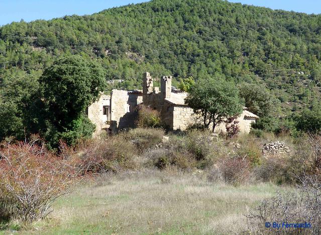 Solsonès 2017 - Exc 02 - Plans de Peà i Amagats Camíns -03- Antiplà de Peà -05- Edificaciones -01- Ermita de Sant Jaume y Rectoría -01