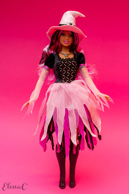 Barbie Halloween 2009 (Fashion Spell)