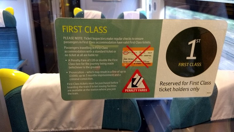 Southern Rail UK, First class section of carriage