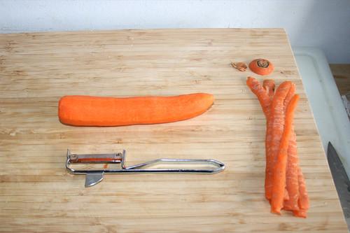 14 - Möhre schälen / Peel carrot