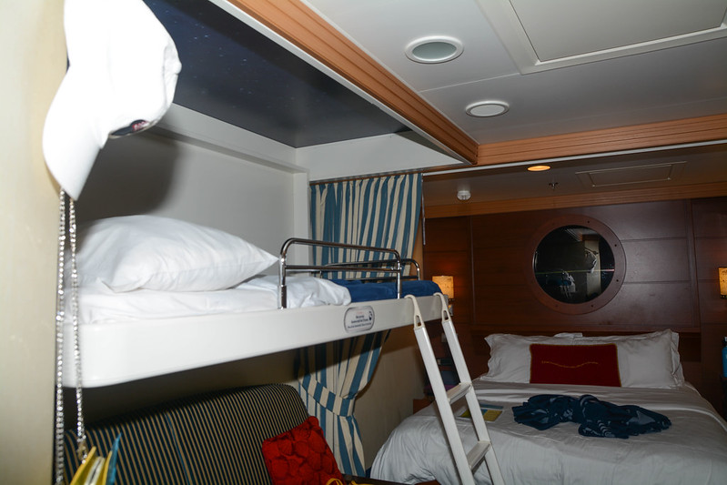 Pull-down bunk