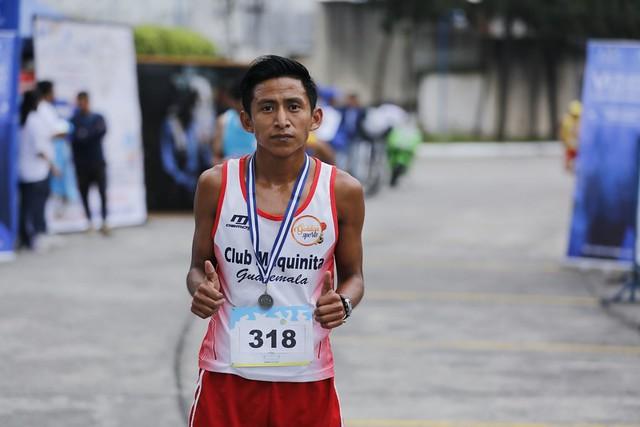 Con una carrera 5K se recuerda la faceta atlética de Efraín Recinos