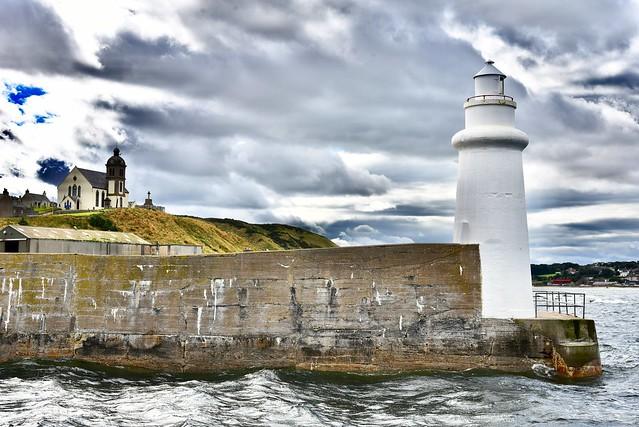 Macduff Lighthouse - MacDuff Harbour Scotland  2017