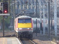 91104 arrives at York (18/10/17)