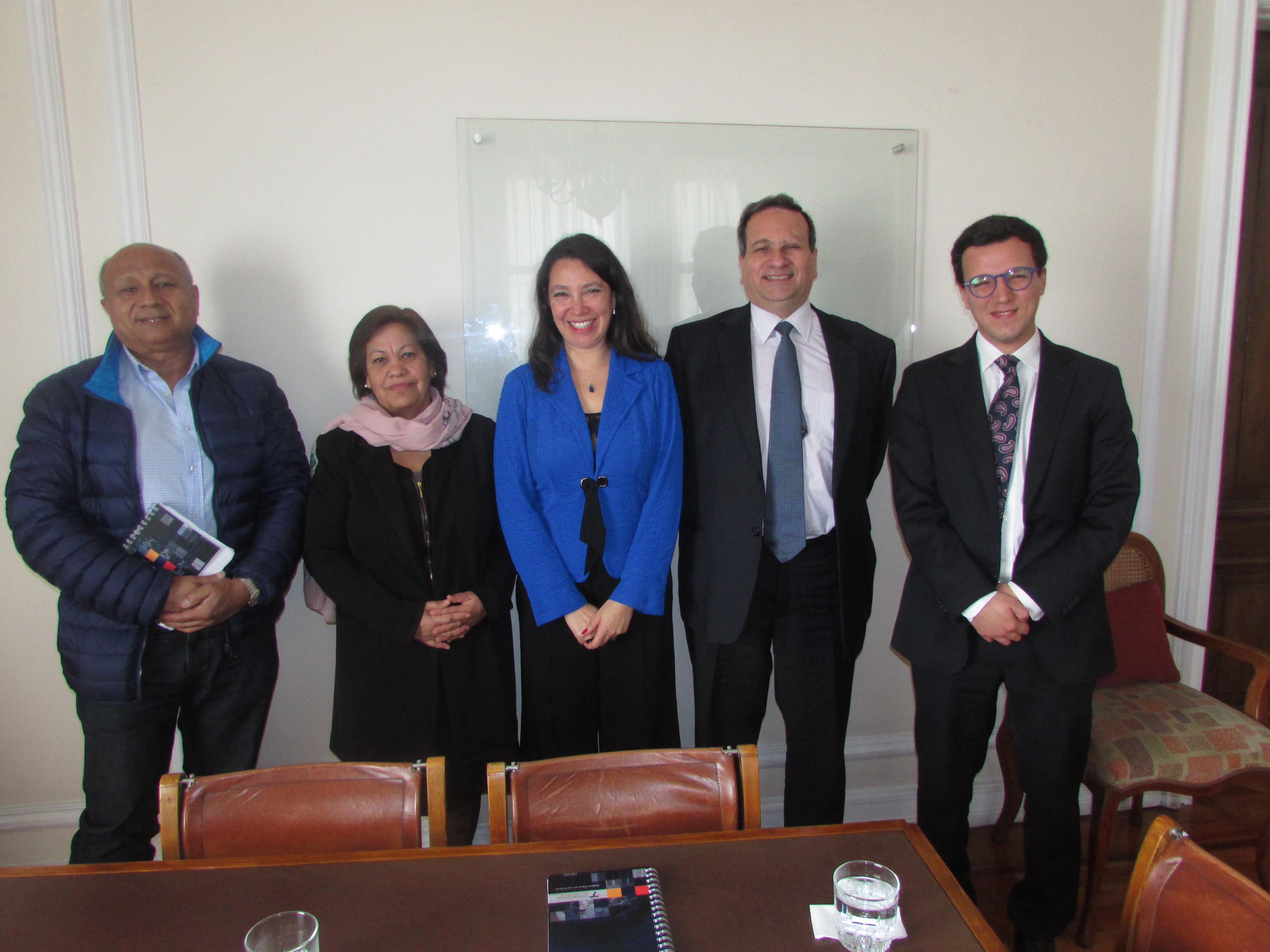 AET en reunión protocolar con Subsecretaria de Hacienda, Macarena Lobos - 22 Septiembre 2017