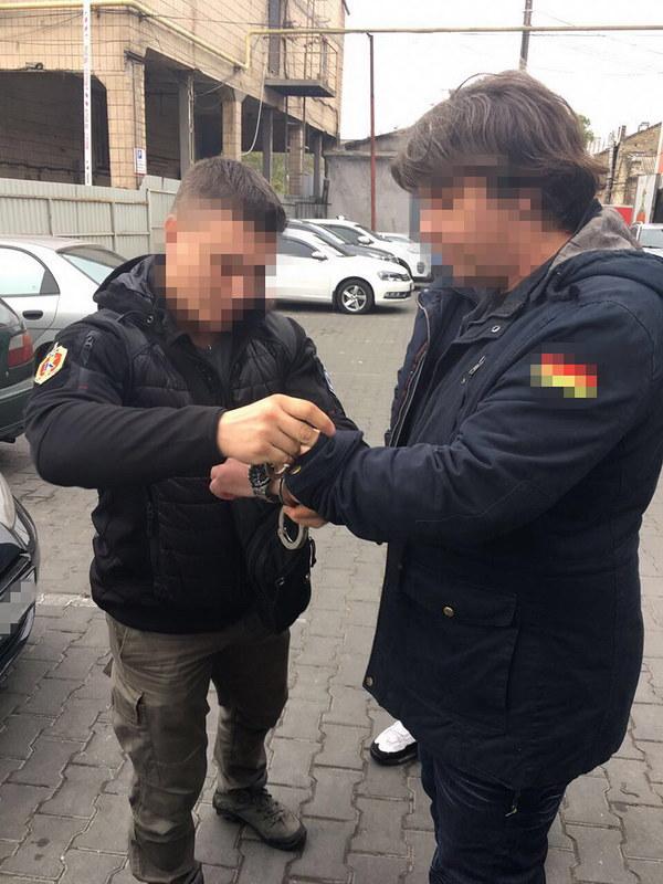 В Одесі СБУ ліквідувала мережу збуту контрабандної зброї_2
