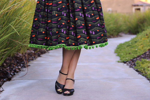 Miss Fortune Boardwalk Skirt in Haunted Hill