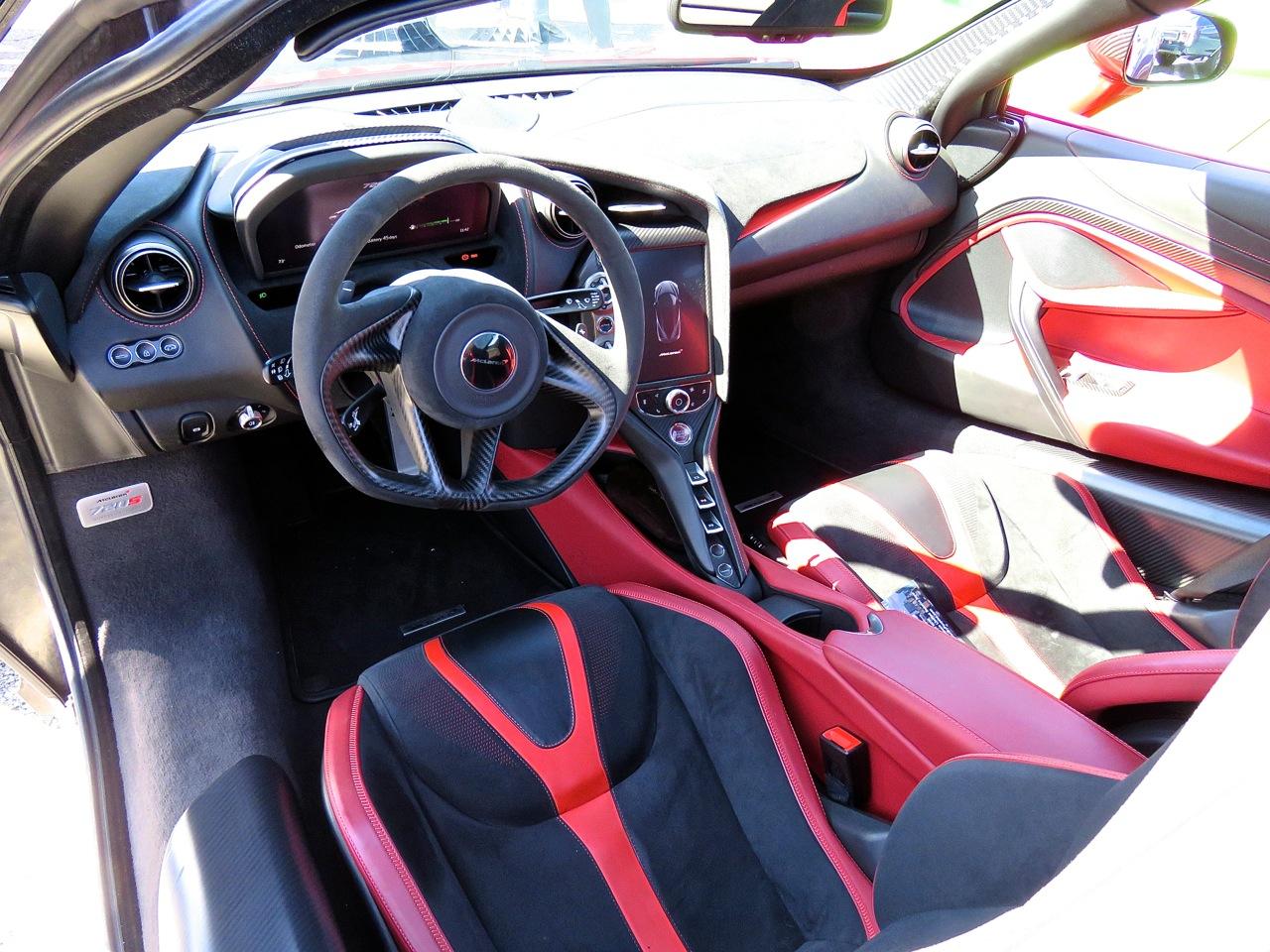 McLaren 720S 14