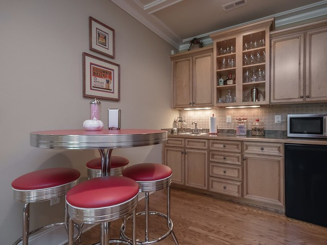 Media Room Kitchenette-Housepitality Designs