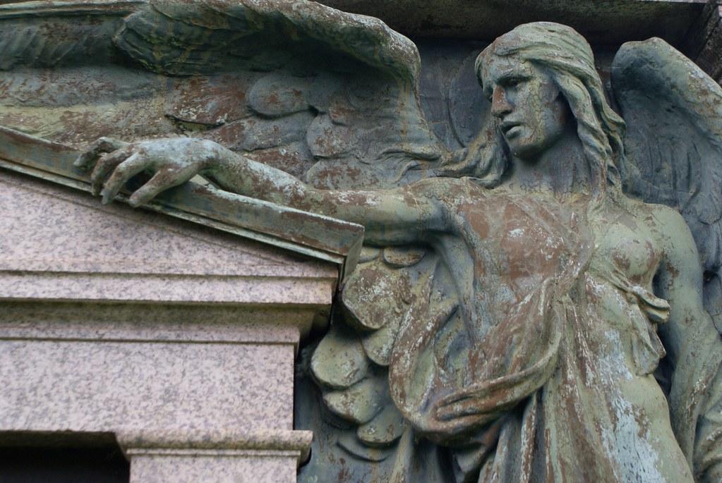 Statue d'ange à la la Necropolis de Glasgow (East End).