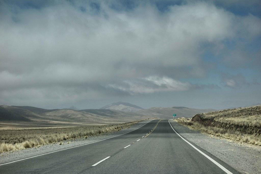 Salta Sud - Route et Nuages