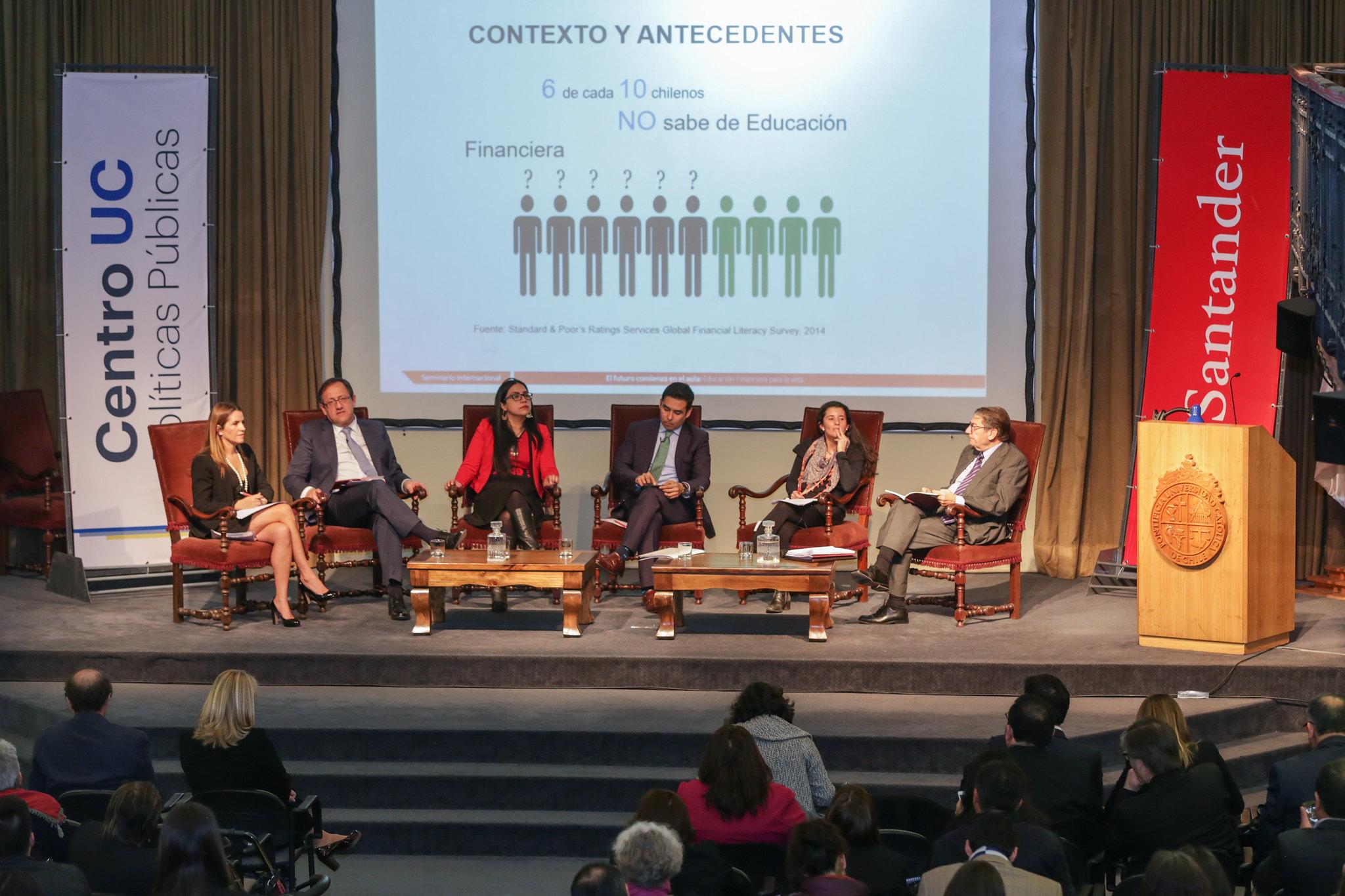 Seminario Internacional de Educación Financiera y visita de Enrique Castelló a Chile
