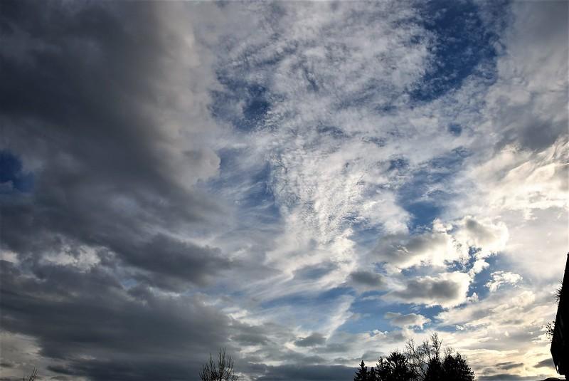 Clouds 21.10 (9)