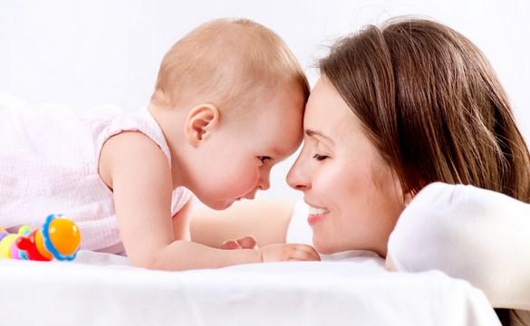 Penyebab Bab Bayi Berlendir Dan Berdarah