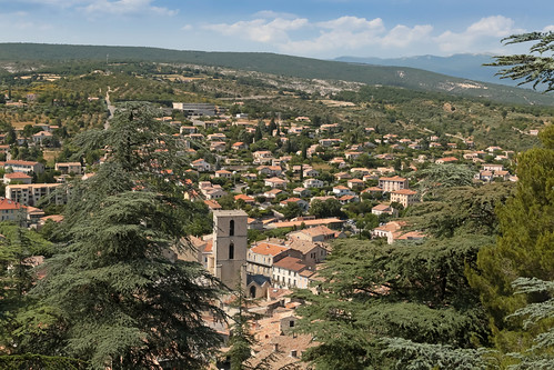 europe france côted'azur paca alpesdehauteprovence forcalquier lure luberon june 2017 meteorry notredamedeprovence chapel chapelle citadelle colline conical view viewpoint ville town village mountains montagnes