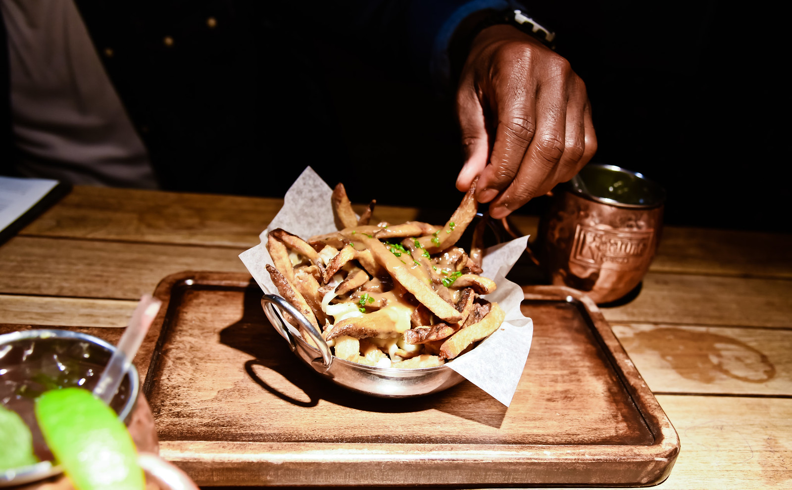 moxie's grill and bar poutine