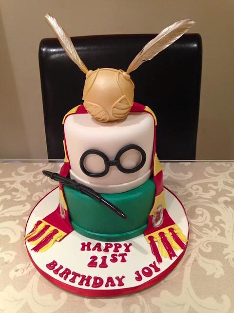 Cake by Lynda's Cakes