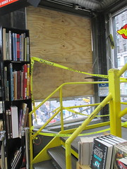 Man Jumps Out Midtown Comics Store 2nd Floor Window 2250