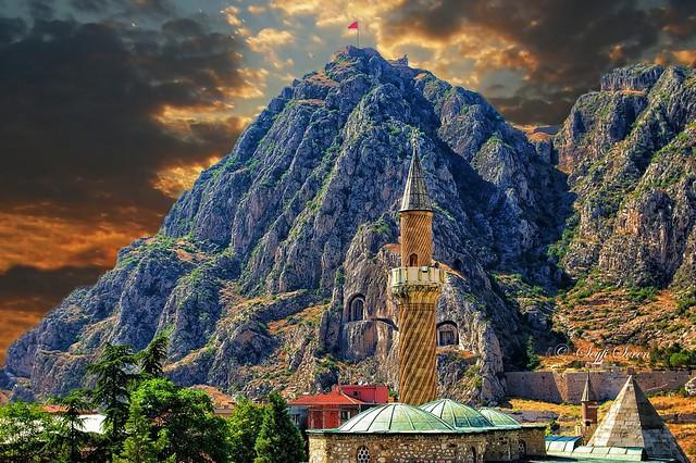 Amasya / Burmalı Minare Camii