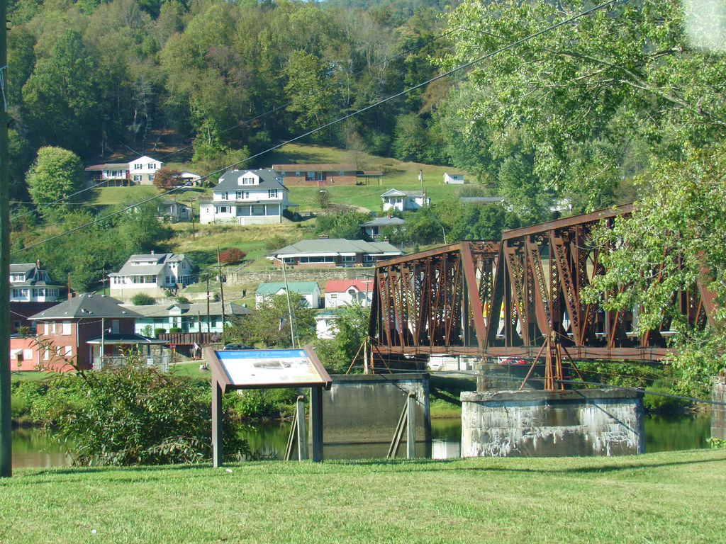 gauley bridge christian girl personals I am a christian and a husband a father of two boys and a brand new girl i am working on a project building a chemical plant in belle, wv and recently moved to gauley bridge.