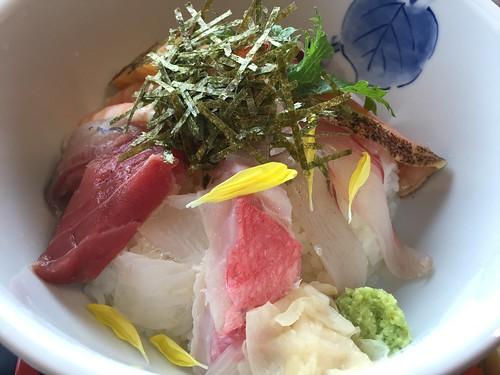 トスラブ館山ルアーナ 昼食 海鮮丼