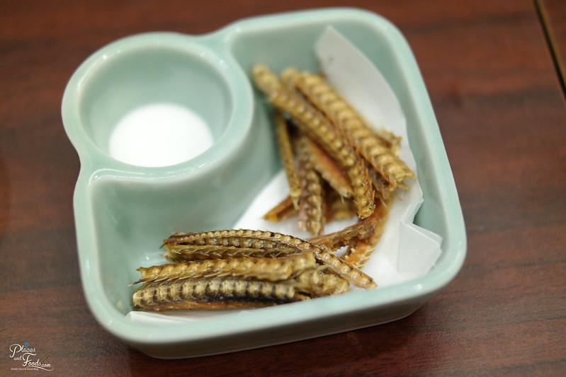 makoto eel bone set