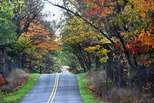 IMG_10978_Driving_Back_Roads_in_Battle_Creek_MI