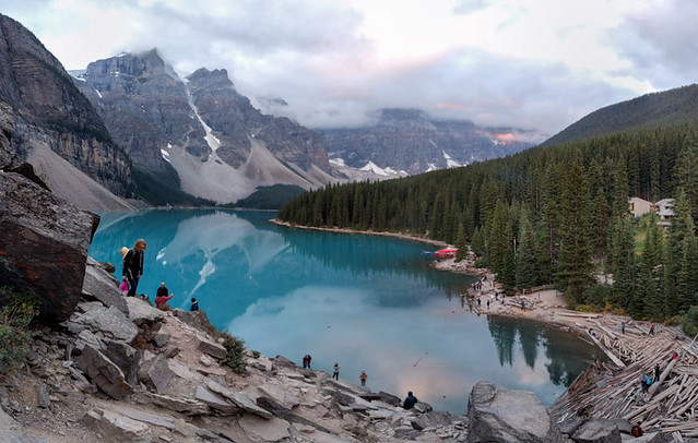 Moraine Lake @ sunrise