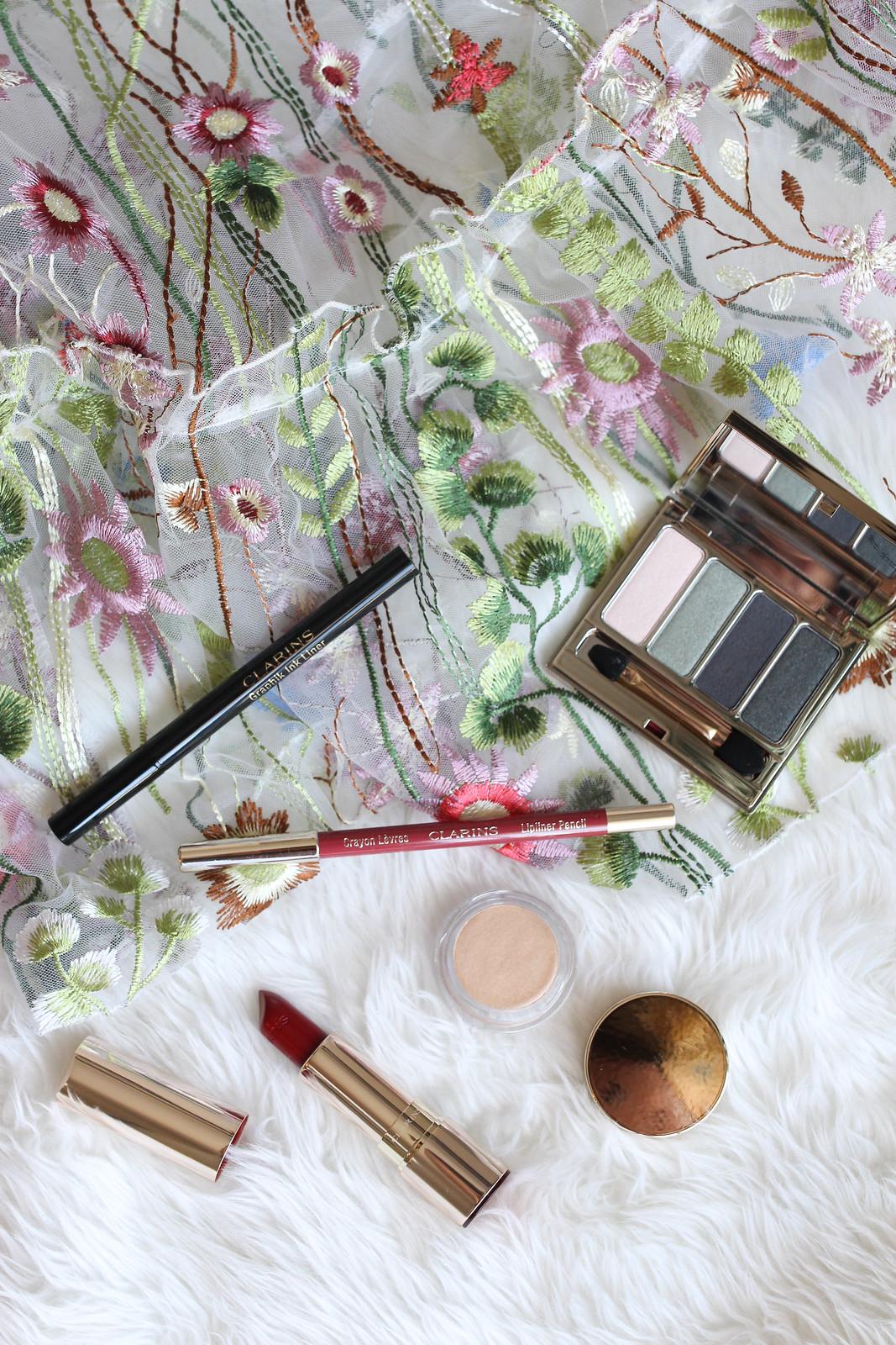 Clarins Graphik Ink Liner 4 Colour Eyeshadow Palette Lipliner Joli Lipstick