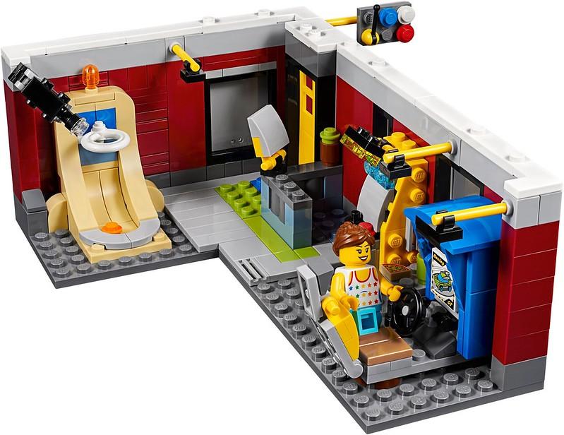 Modular Skate House (31081)