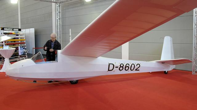 D-8602